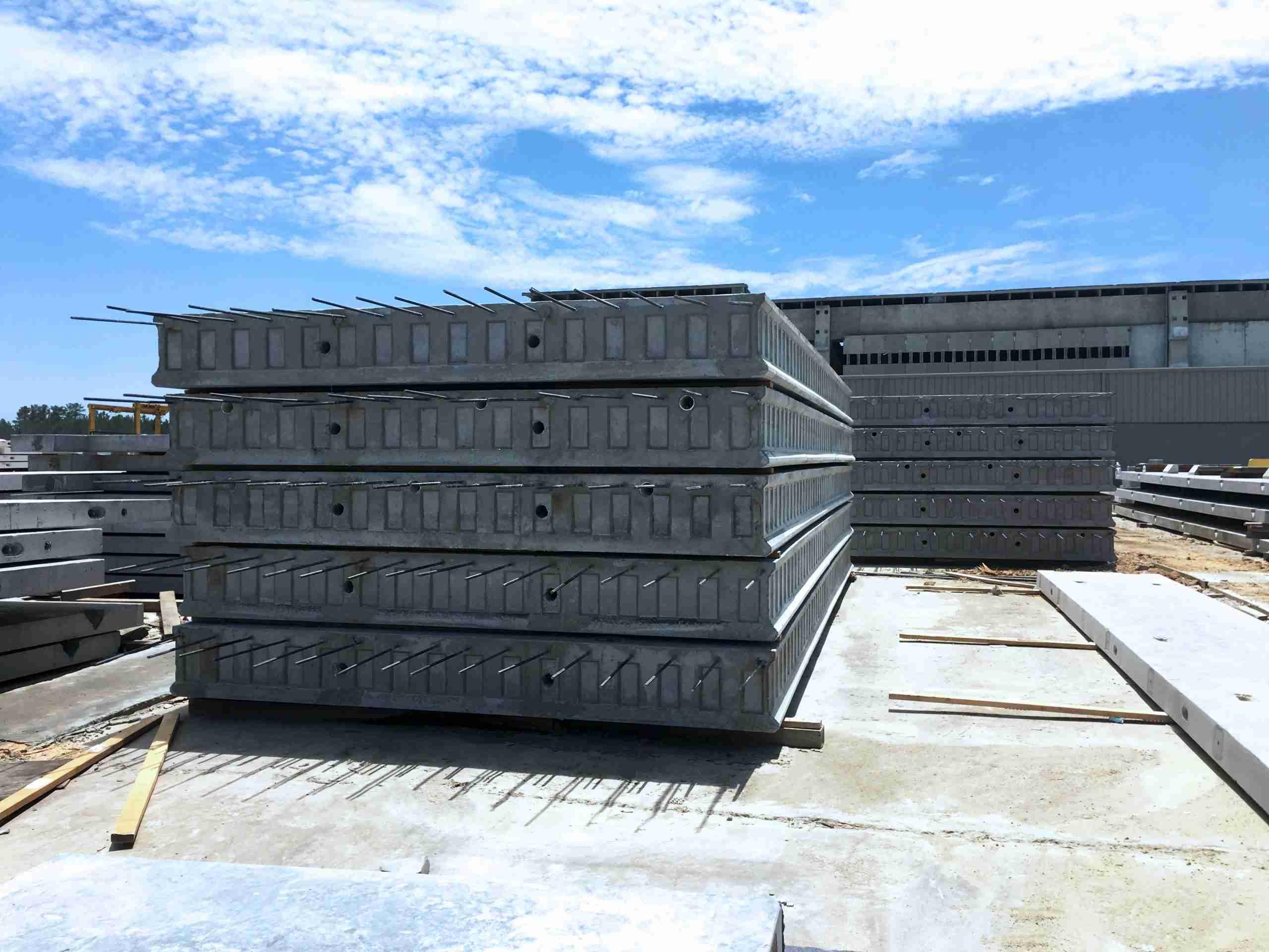 Flat concrete slabs